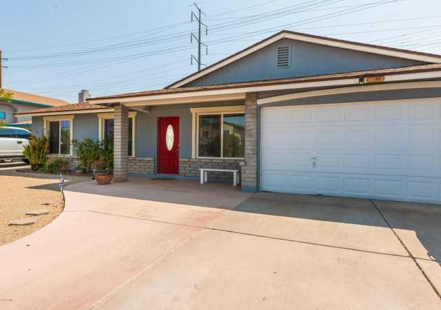 Photo of 1407 E FREMONT Road, Phoenix, AZ 85042