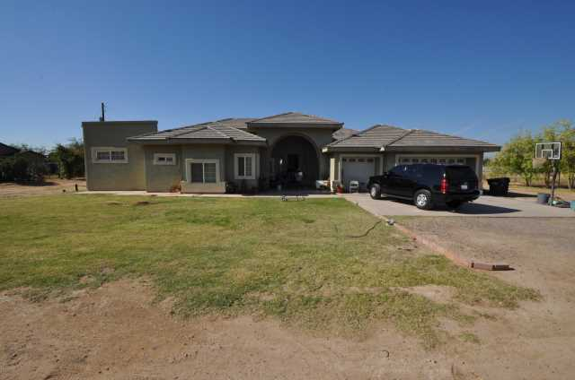 Photo of 12418 W WHYMAN Circle, Avondale, AZ 85323