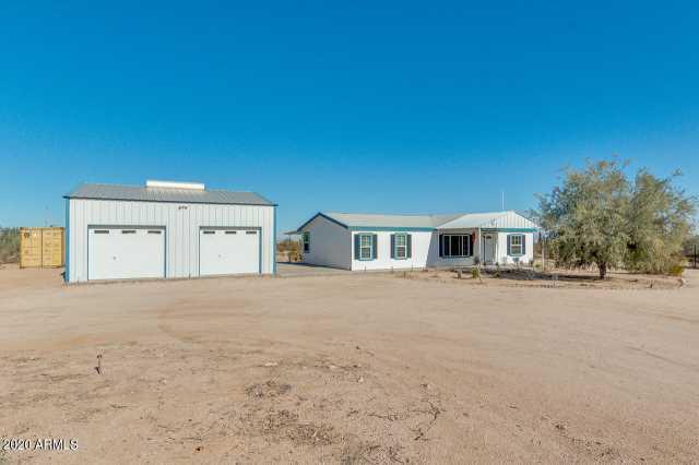 Photo of 53040 W WHIRLY BIRD Road, Maricopa, AZ 85139
