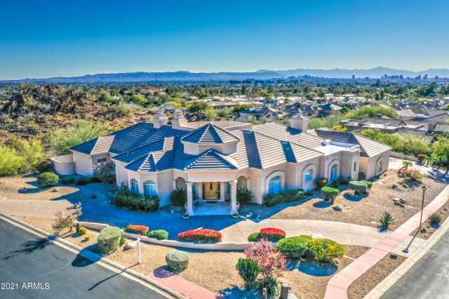 Photo of 3143 E OCOTILLO Road, Phoenix, AZ 85016