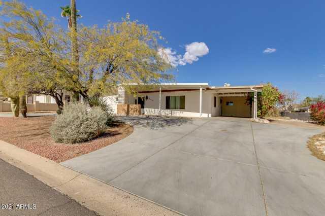 Photo of 2718 E VICTOR HUGO Avenue, Phoenix, AZ 85032