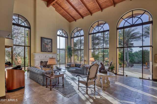 Photo of 5426 E MORRISON Lane, Paradise Valley, AZ 85253