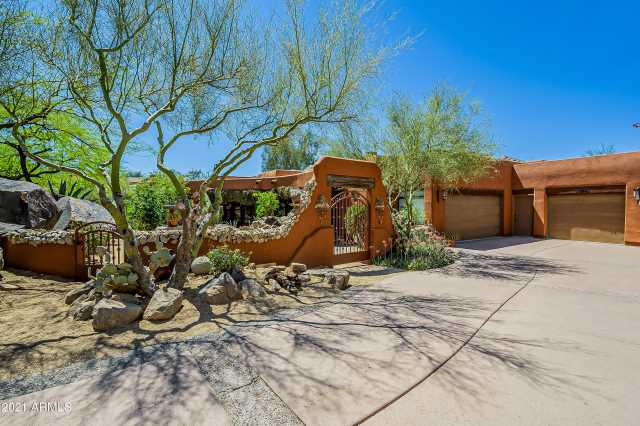 Photo of 15481 E TELEGRAPH Drive, Fountain Hills, AZ 85268