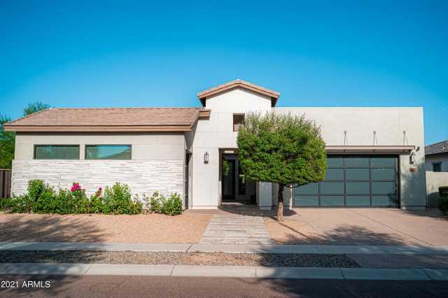 Photo of 4551 S PINALENO Drive, Chandler, AZ 85249