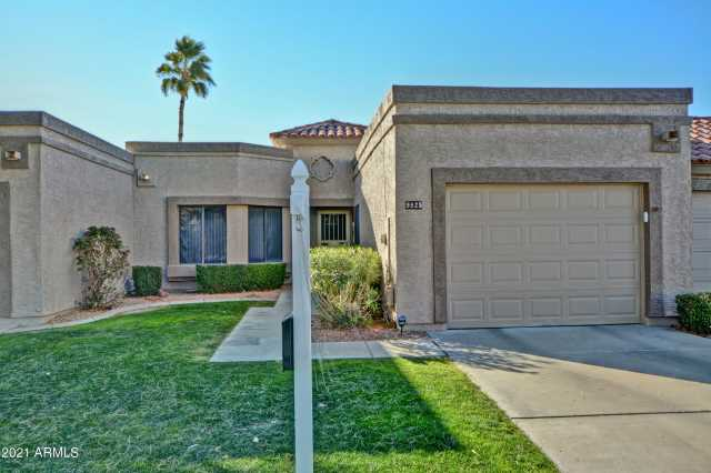 Photo of 9825 W KERRY Lane, Peoria, AZ 85382