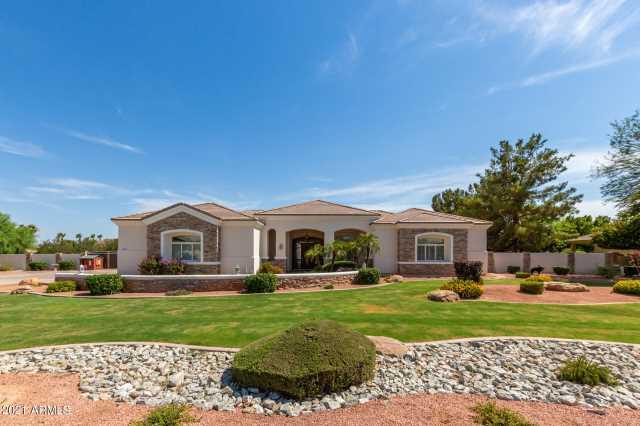 Photo of 12813 W DENTON Avenue, Litchfield Park, AZ 85340