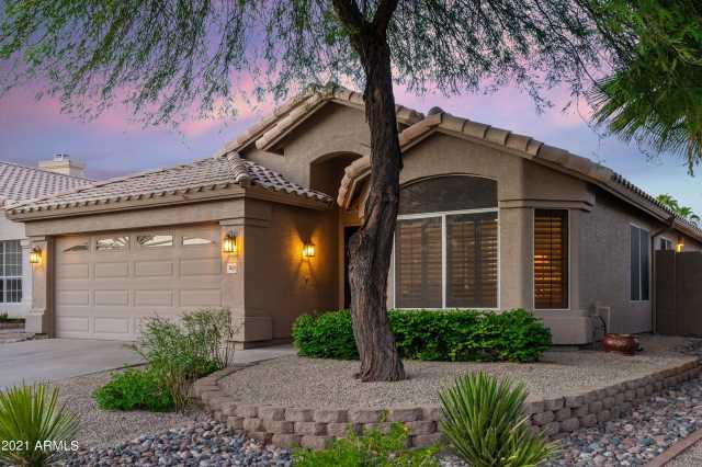 Photo of 3624 E DESERT WILLOW Road, Phoenix, AZ 85044
