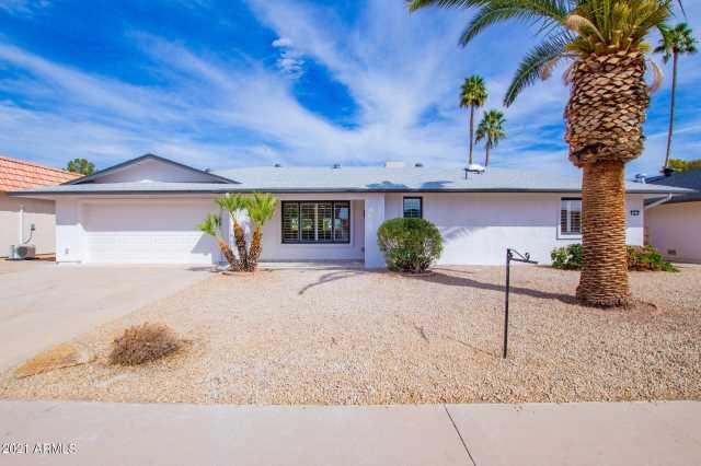 Photo of 9518 W LINDGREN Avenue, Sun City, AZ 85373