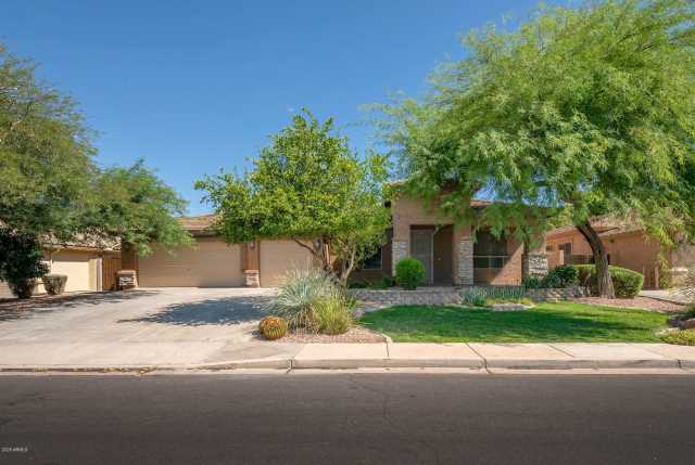 Photo of 4436 E DARTMOUTH Street, Mesa, AZ 85205