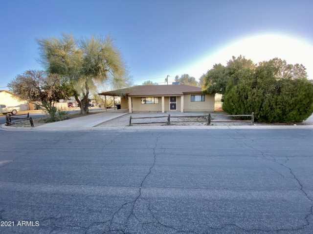 Photo of 244 PERETZ Circle, Morristown, AZ 85342
