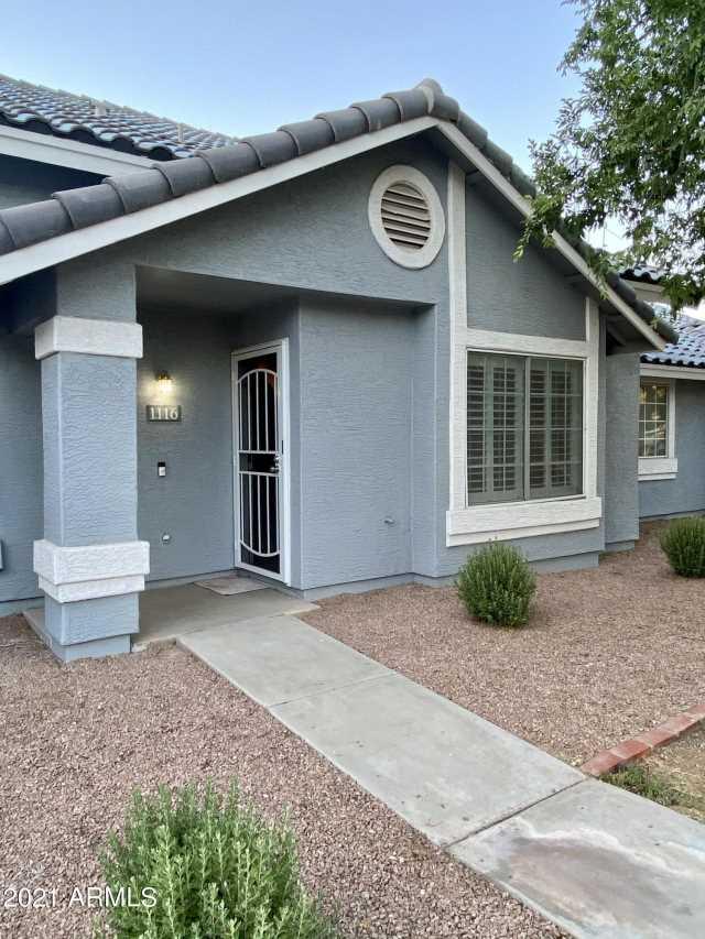 Photo of 860 N MCQUEEN Road #1116, Chandler, AZ 85225