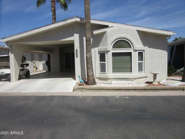 Photo of 6233 S SAWGRASS Drive, Chandler, AZ 85249