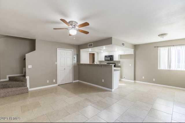 Photo of 1211 N 47TH Place, Phoenix, AZ 85008