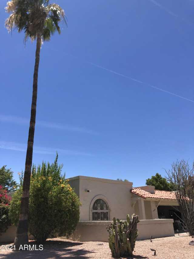 Photo of 945 E LAGUNA Drive, Tempe, AZ 85282