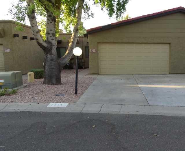 Photo of 1211 E BLUEBELL Lane, Tempe, AZ 85281