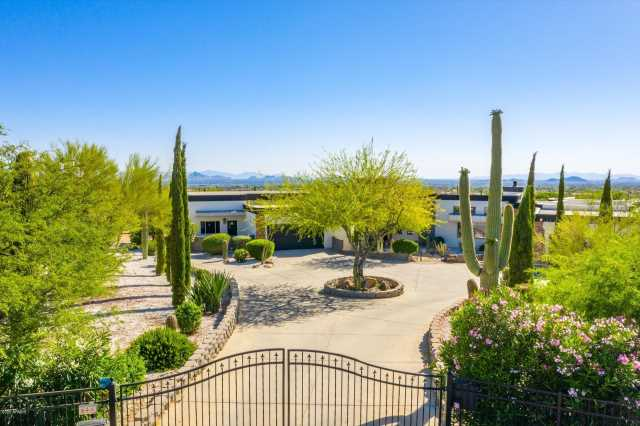 Photo of 9525 E BUCKSKIN Trail, Scottsdale, AZ 85255