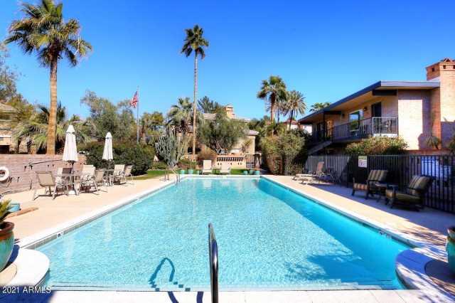 Photo of 7401 E NORTHLAND Drive #4, Scottsdale, AZ 85251