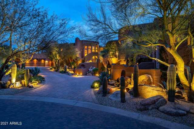 Photo of 9839 E MADERA Drive, Scottsdale, AZ 85262