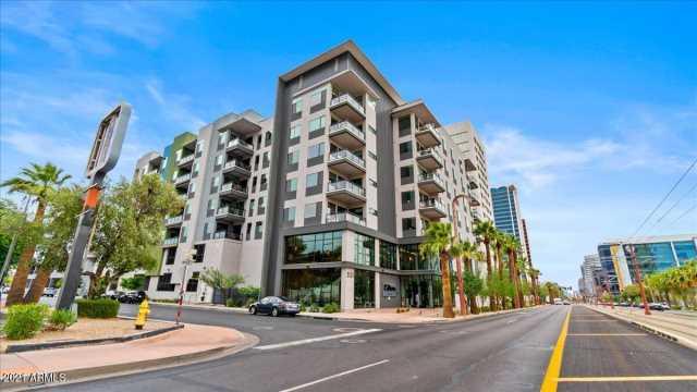 Photo of 3131 N CENTRAL Avenue #4007, Phoenix, AZ 85012