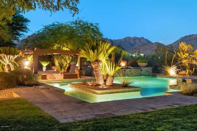 Photo of 19757 N 96TH Place, Scottsdale, AZ 85255