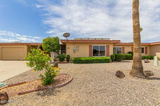Photo of 9837 W ROYAL RIDGE Drive, Sun City, AZ 85351