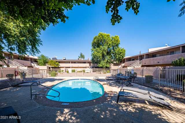 Photo of 810 E COLTER Street #29, Phoenix, AZ 85014