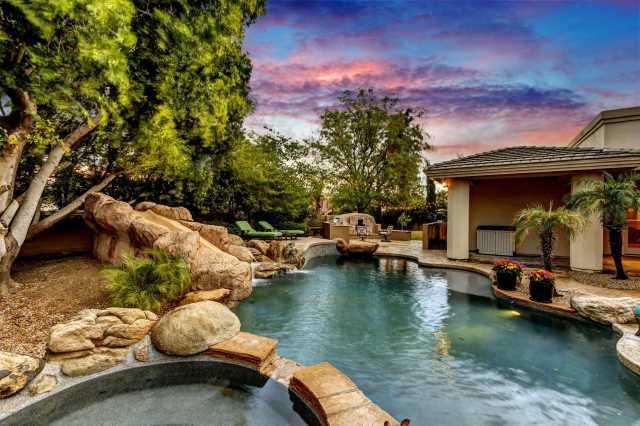 Photo of 13809 S 32ND Place, Phoenix, AZ 85044