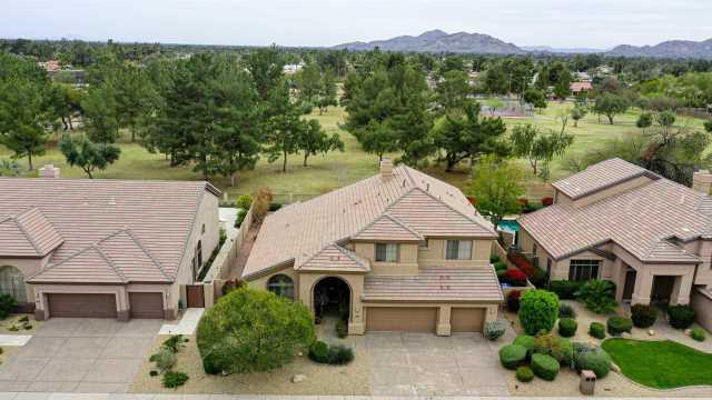 Photo of 6611 E GELDING Drive, Scottsdale, AZ 85254