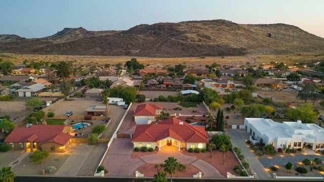 Photo of 5401 W CREEDANCE Boulevard, Glendale, AZ 85310