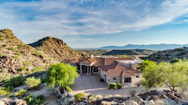 Photo of 1519 E DESERT WILLOW Drive, Phoenix, AZ 85048