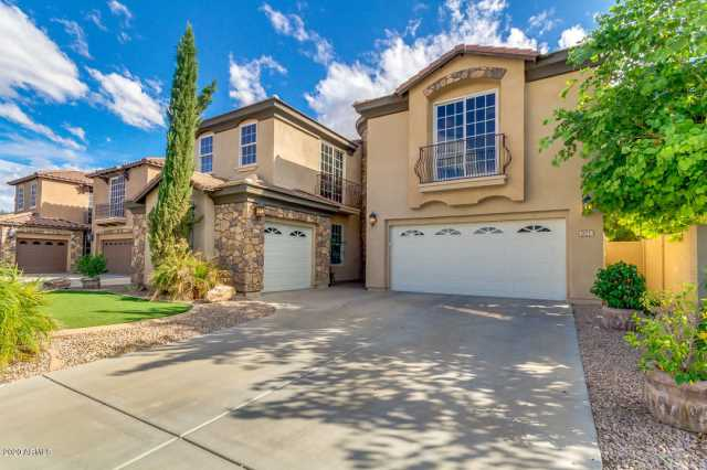 Photo of 921 E CANYON Way, Chandler, AZ 85249