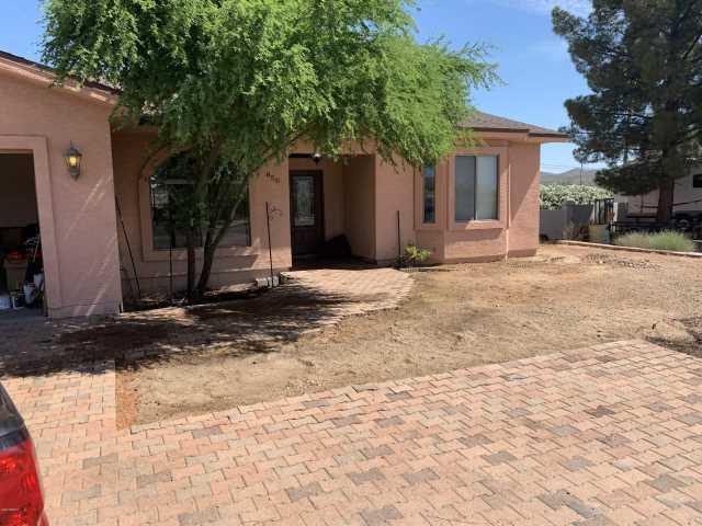 Photo of 850 W HERMOSA Drive, Wickenburg, AZ 85390