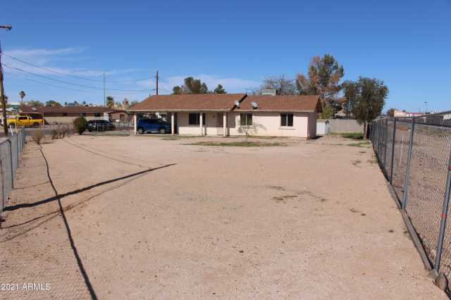Photo of 405 E PACIFIC Drive, Avondale, AZ 85323