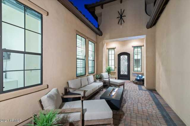 Photo of 2260 N TROWBRIDGE Street, Mesa, AZ 85207