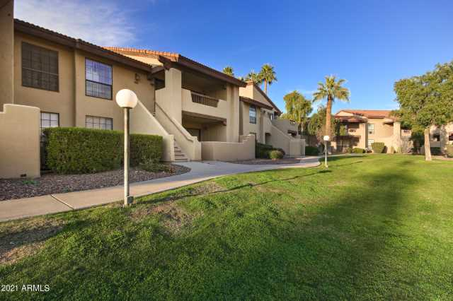 Photo of 1351 N PLEASANT Drive #1006, Chandler, AZ 85225
