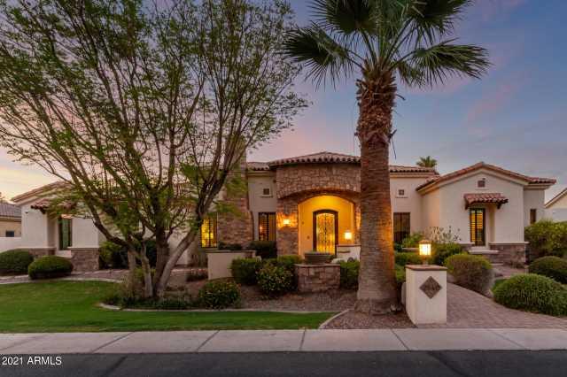 Photo of 2840 E JADE Place, Chandler, AZ 85286