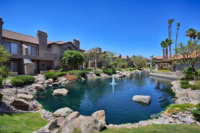 Photo of 10017 E MOUNTAIN VIEW Road #2077, Scottsdale, AZ 85258