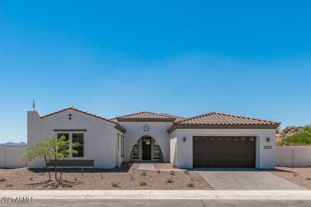 Photo of 11000 S SANTA MARGARITA Drive, Goodyear, AZ 85338