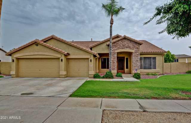 Photo of 6813 W GROVERS Avenue, Glendale, AZ 85308