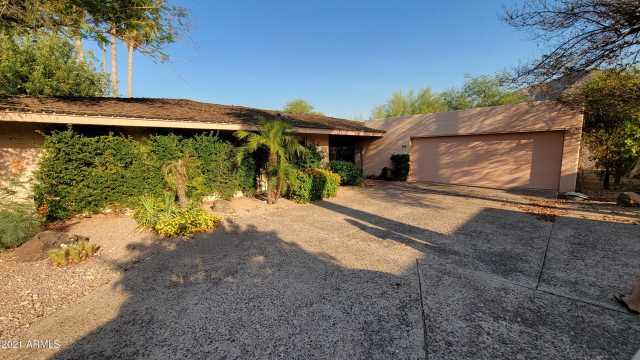 Photo of 5434 E LINCOLN Drive #34, Paradise Valley, AZ 85253