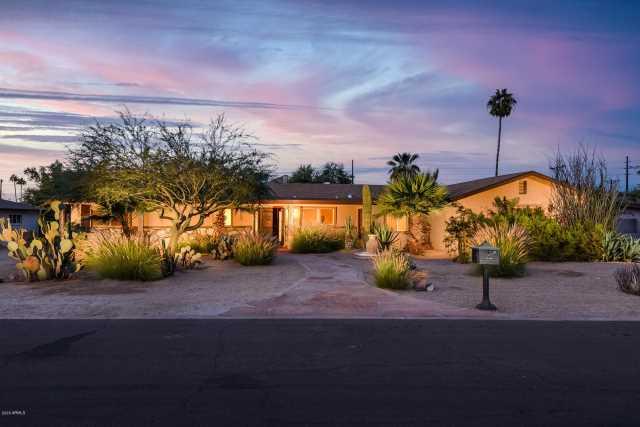 Photo of 5642 E EDGEMONT Avenue, Scottsdale, AZ 85257