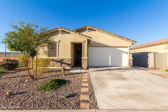 Photo of 394 W SATINKA Drive, San Tan Valley, AZ 85140