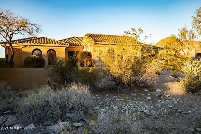 Photo of 11080 E MEADOWHILL Drive, Scottsdale, AZ 85255