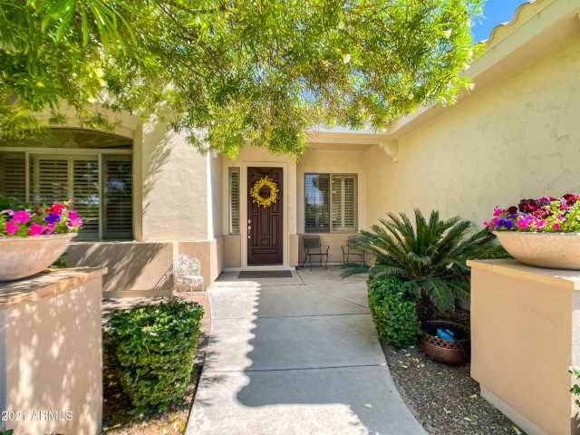 Photo of 1142 E COCONINO Drive, Chandler, AZ 85249
