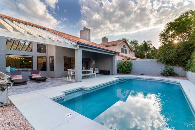 Photo of 5714 E PARADISE Lane, Scottsdale, AZ 85254
