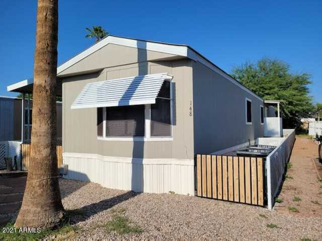 Photo of 555 W WARNER Road #148, Chandler, AZ 85225