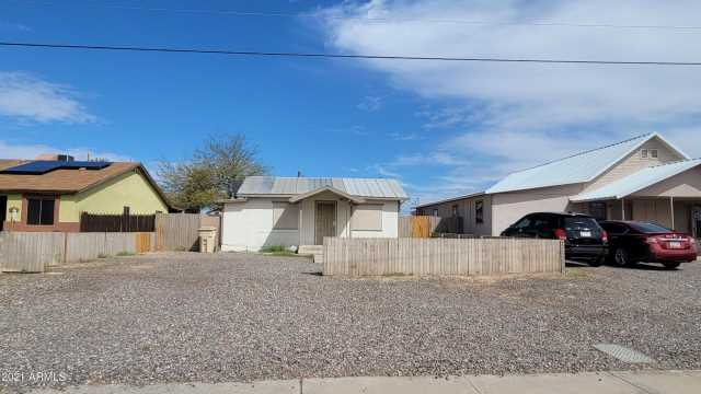 Photo of 212 E CENTRE Avenue, Buckeye, AZ 85326