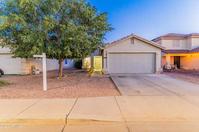 Photo of 12645 W CHERRY HILLS Drive, El Mirage, AZ 85335
