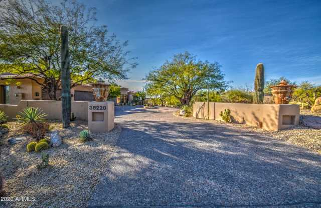 Photo of 38220 N 103RD Place, Scottsdale, AZ 85262