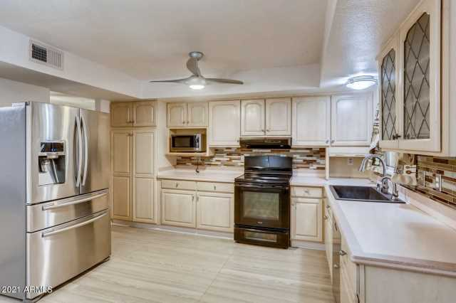 Photo of 25841 S BRENTWOOD Drive, Sun Lakes, AZ 85248
